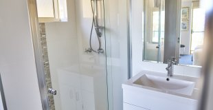 Ensuite Water View Unit